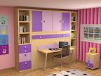 Dormitorios modulares con estanterias, armarios y cama abatible y mesa de estudio en tonos morados