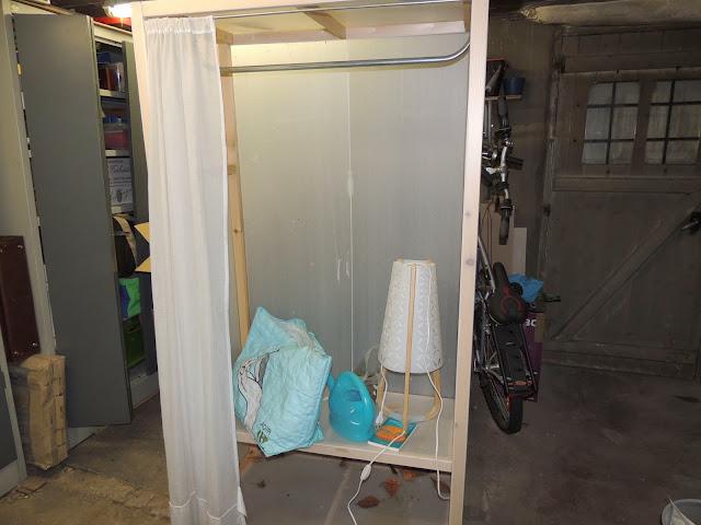 Lamentable armoire à orchidées DSCN1201