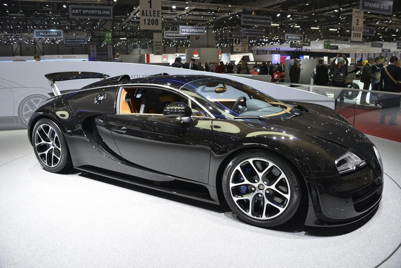 bugatti at geneva 2013 full gallery. Black Bedroom Furniture Sets. Home Design Ideas