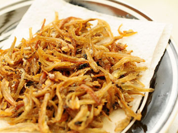 Crispy Fried Anchovies
