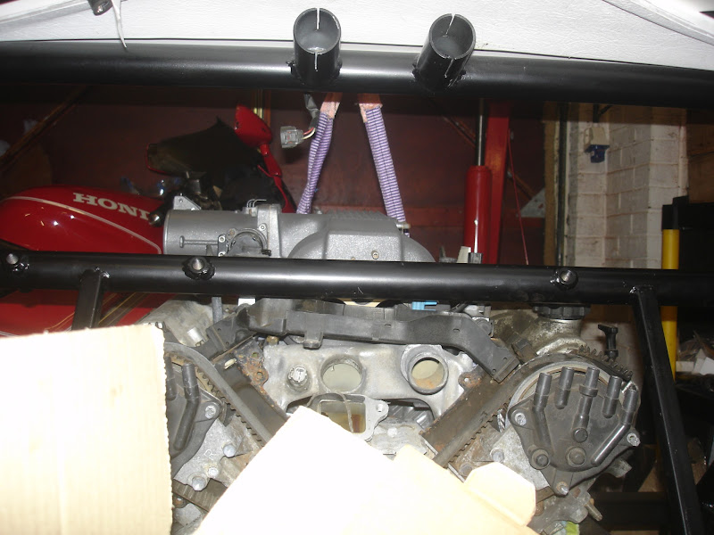 Audi 012 Vs 01E | GT40s