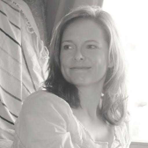 Jennifer Babb Photo 14