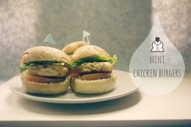 Mini Chicken Burgers // mono+co