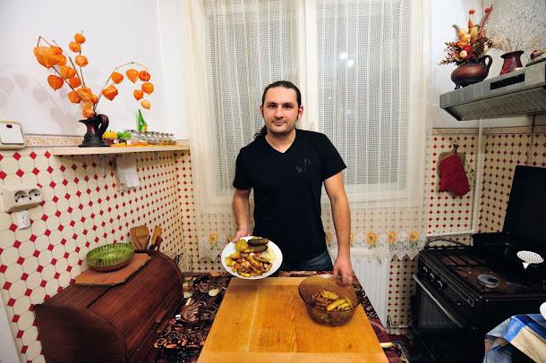 Razvan Anton cartofi la cuptor crocanti cu muraturi