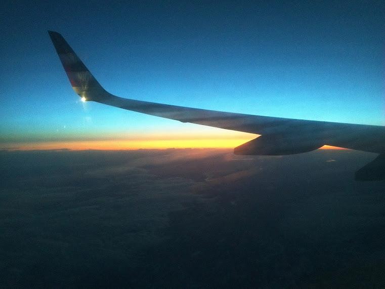 Tur til London og Filippinene: Soloppgang høyt opp i atmosfæren.