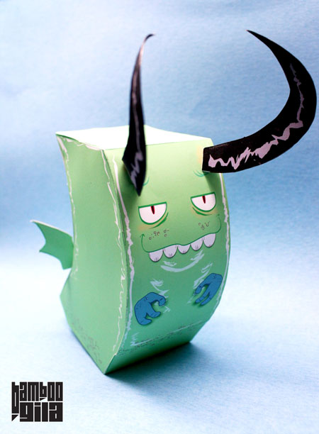 Lumbricus Draco Paper Toy