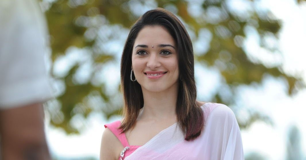 Tamanna Photo Gallery: TAMANNA LATEST CUTE PHOTO GALLERY IN WHITE SAREE