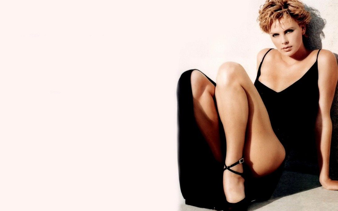 Charlize Theron Wallpaper 2