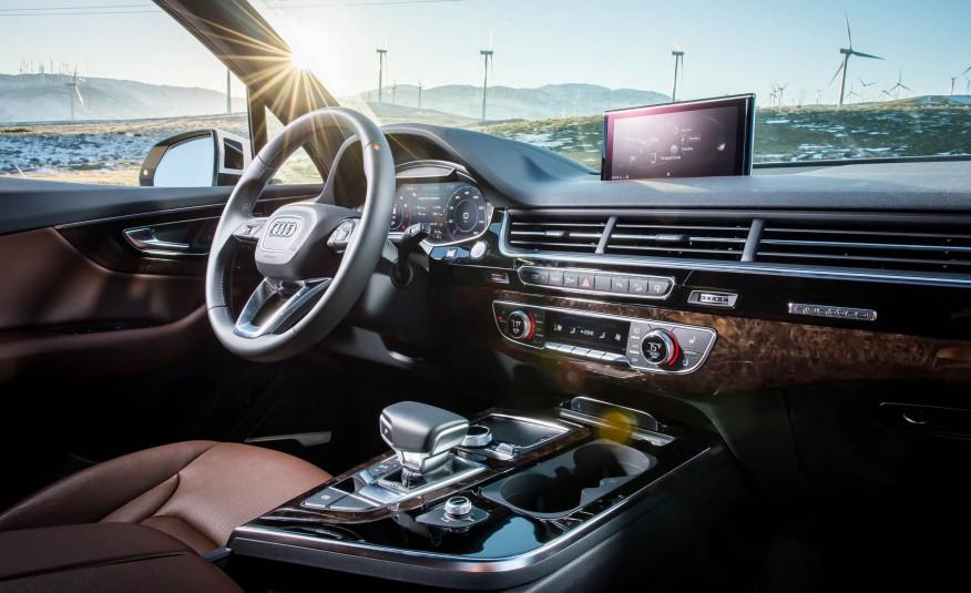 Khoang lái của Audi Q7 2017, sang trọng, lịch lãm, đầy xa hoa
