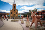 … including el Caballito de Raquira, the ubiquitous little pony and inspiration for the song by the same name.