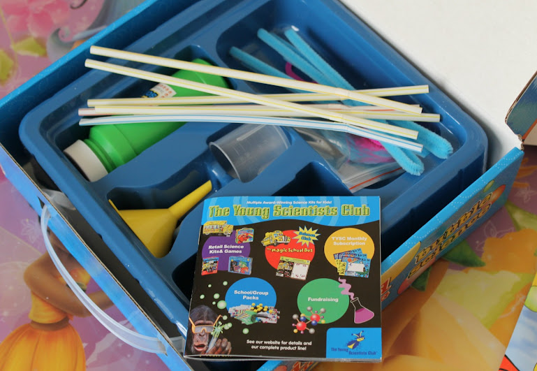 Clifford the Big Red Dog Bubble Science Kit from The Young Scientists Club