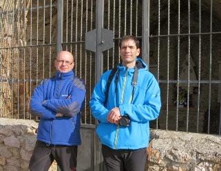 Miembros de Gemosclera en la ermita de la Virgen de Peñarroya