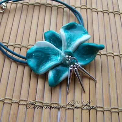 storczyk naszyjnik z wisiorem kwiatowy z kolcami wisior wykonany z masy fimo modelina rękodzieło Panorama LeSage