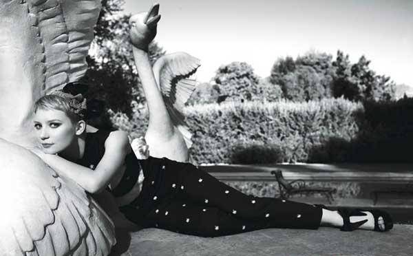 Mia Wasikowska, elegante