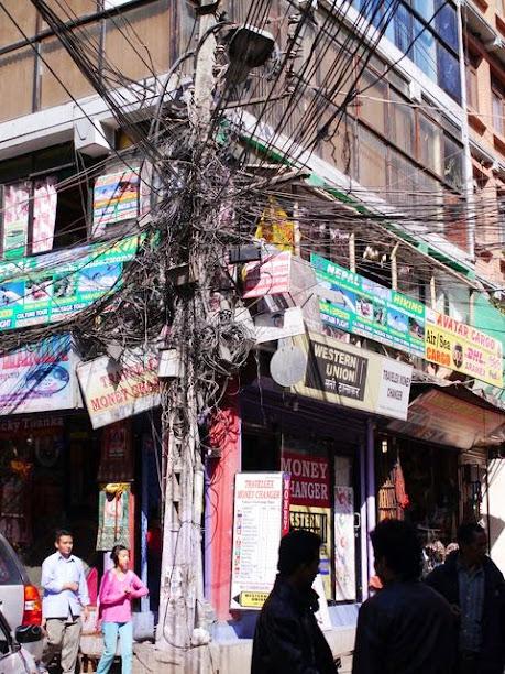 達人帶路-環遊世界-尼泊爾-電線