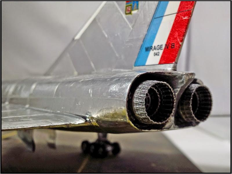 GAMD Mirage IV B. Un gros mirage IV, en scratch et au 72 IMG_20141007_195910