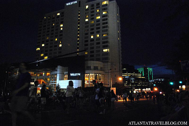 Салют на Lenox Square