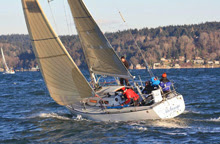 J/35s sailing off Seattle in Vashon Winter race