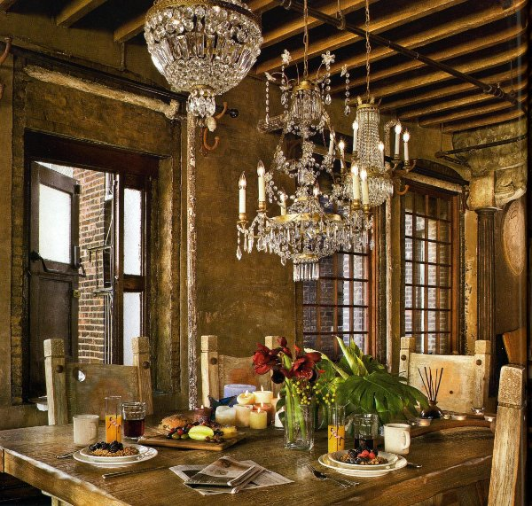 Old World Dining Room Chandeliers: Unexpected Interiors: Gerard Butler's Old-World Style