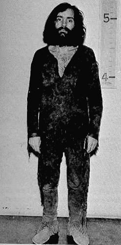 Великий и ужасный Чарли Мэнсон ... ростом 5'2'' (157 см)