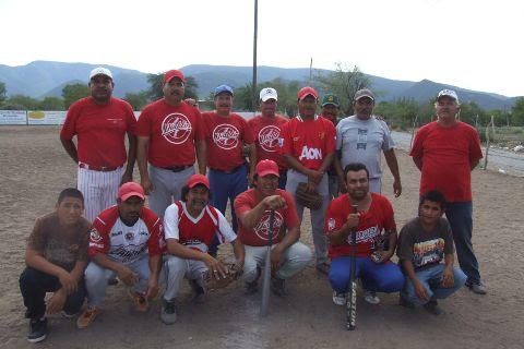 Equipo Diablos del softbol el Club Sertoma