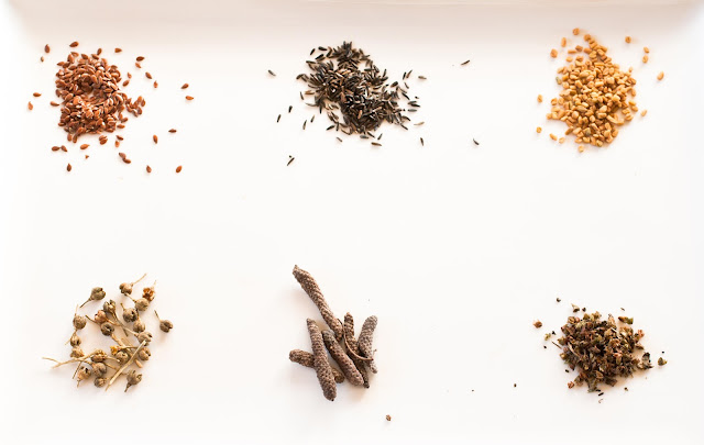 Ethiopian spices, fennel, noog, niger seeds, ruta fruit, fengreek, long pepper