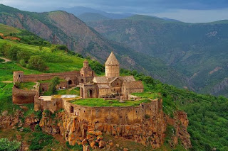 Samostan Tatev leži na čudoviti lokaciji