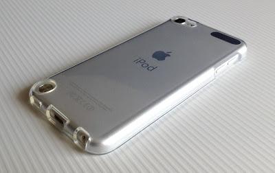 iPod touch第5世代に取り付けたバッファロー BSIP12TCTCR