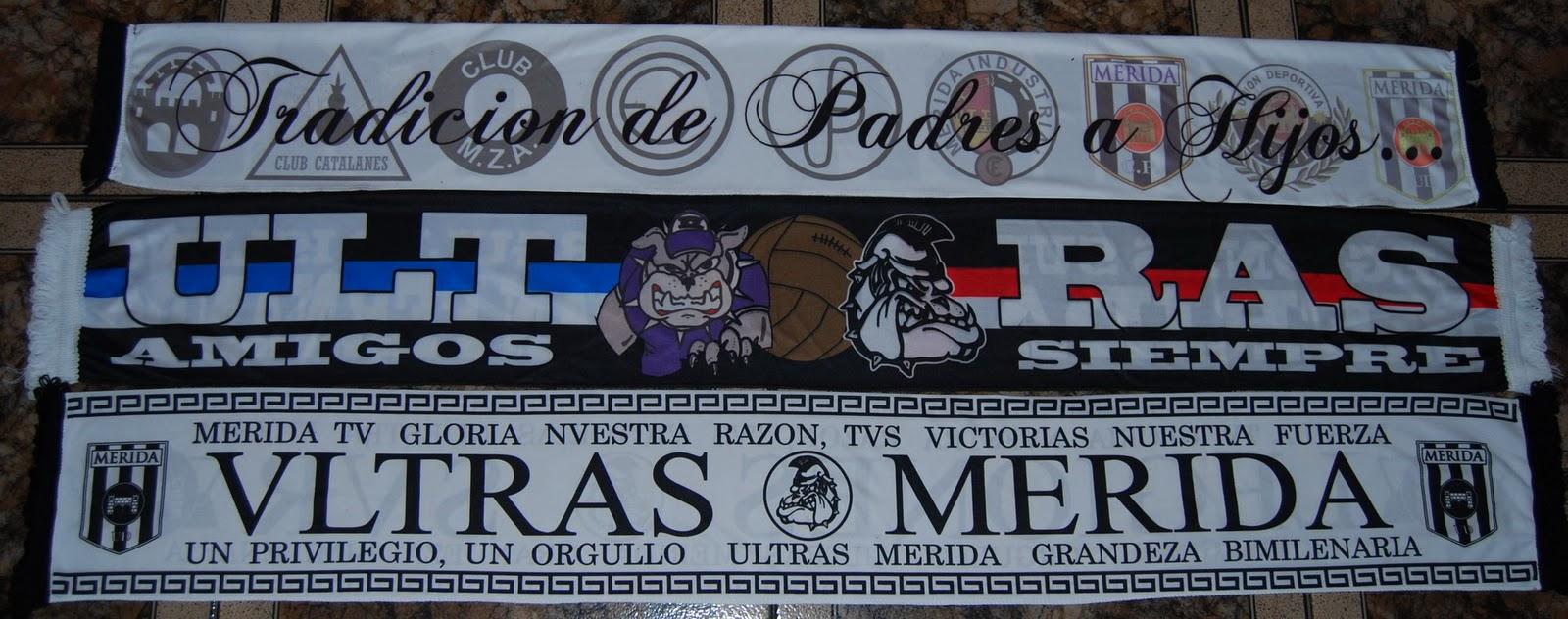 Bufandas del grupo ultra Legiones Sur perteneciente al Mérida C.F.