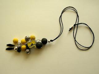 biżuteria z półfabrykatów - wisiorek żółty kotek