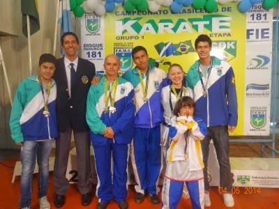 Santa Fé classifica seis Karatecas para as finais do Campeonato Brasileiro.