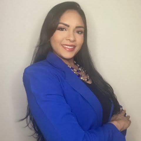 Lilia Caballero Photo 10