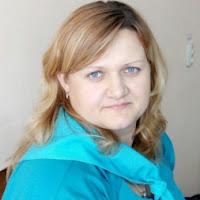 Олена Лопакова