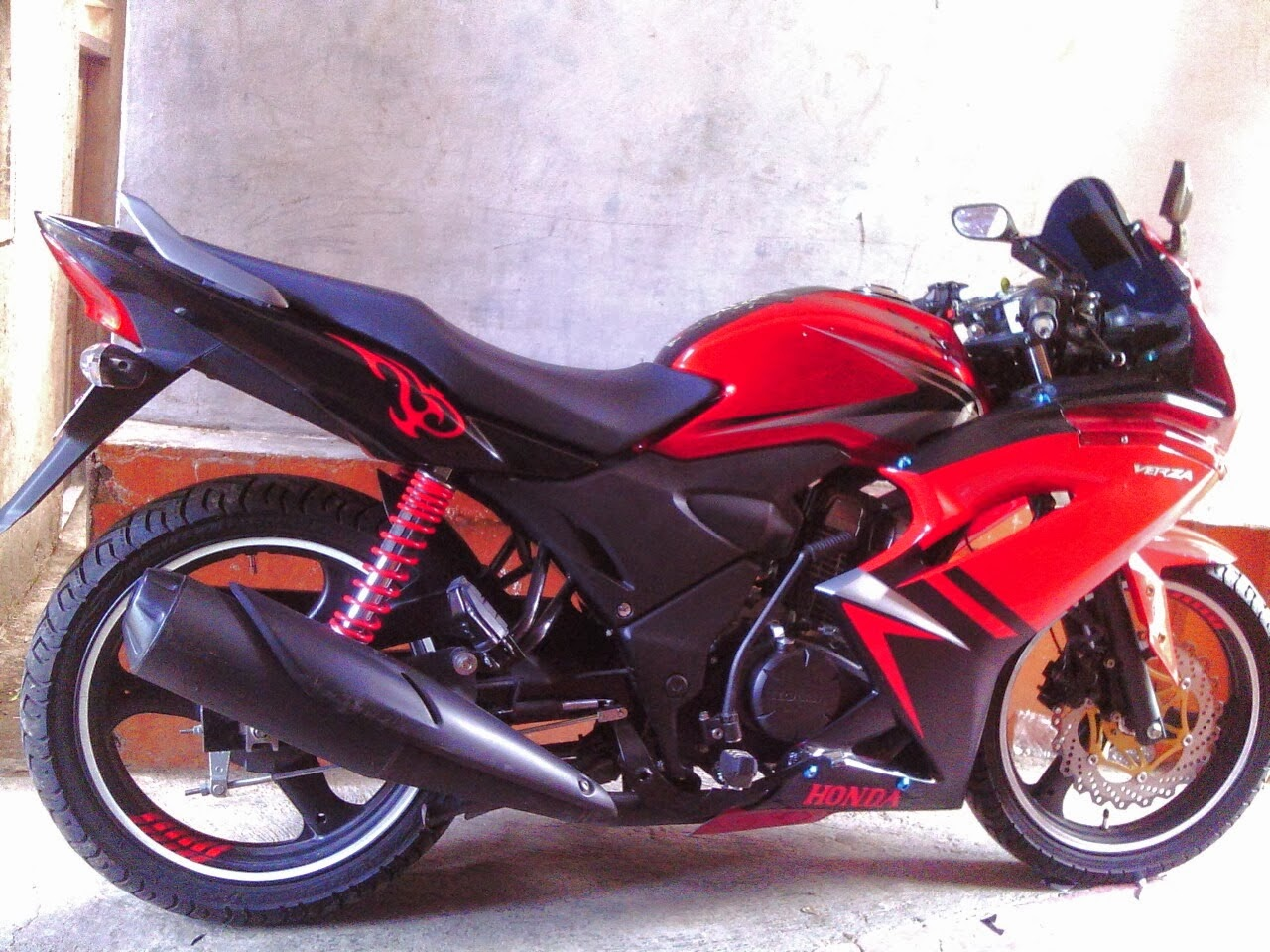 Honda Verza Modifikasi Fairing