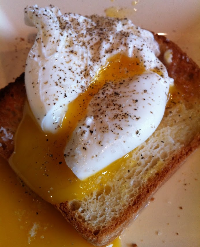 Poached Egg with Crumbled Toast (Uovo in Camicia)