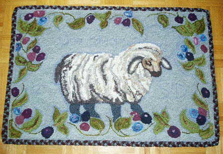 Sue's Hooked Sheep w/Braided Edge