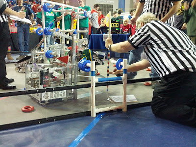 4185 lifts robot 10 inches