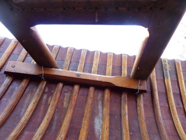 canoe bois...éviter les mauvaises surprises.... P1040541