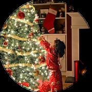 когда вы успеваете подарки под елку положить?