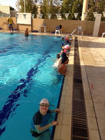 Ce2d1 lfigp duba le cycle piscine d marre for Piscine ouverte le 11 novembre