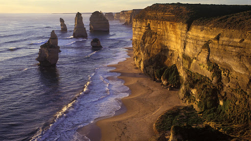 Scenic Twelve Apostles, Port Campbell National Park, Victoria, Australia.jpg