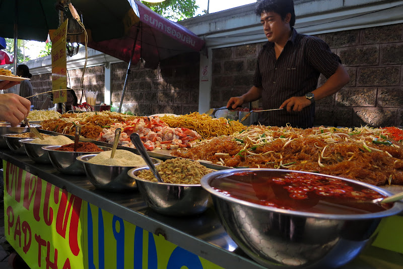Pad thai stand