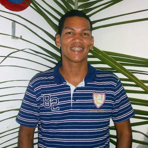 Enrique Batista Photo 25