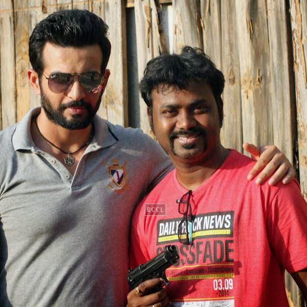 Jay Bhanushali and Writer Aaryaan Saxena on the sets of movie Desi Kattey.