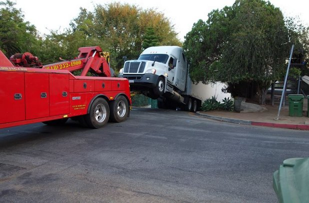 semi truck stops with parking cooper hill