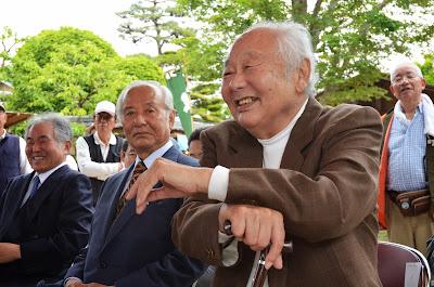 奉納連碁 右から浜田社長、和田日本棋院理事長、大竹九段