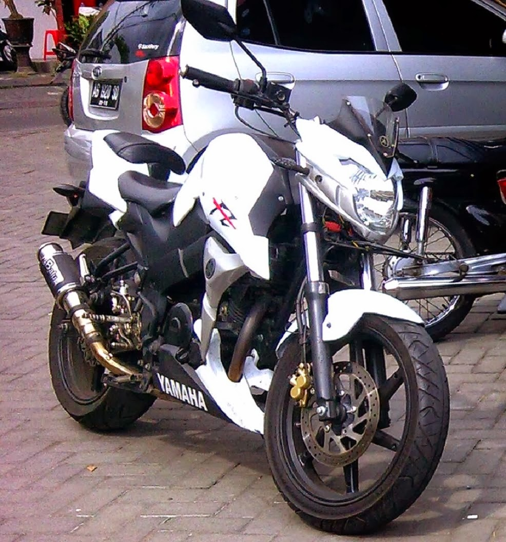 Modifikasi Byson Model Street Fighter