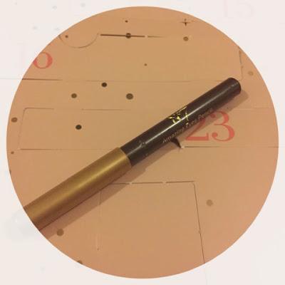 No7 Amazing Eyes Pencil