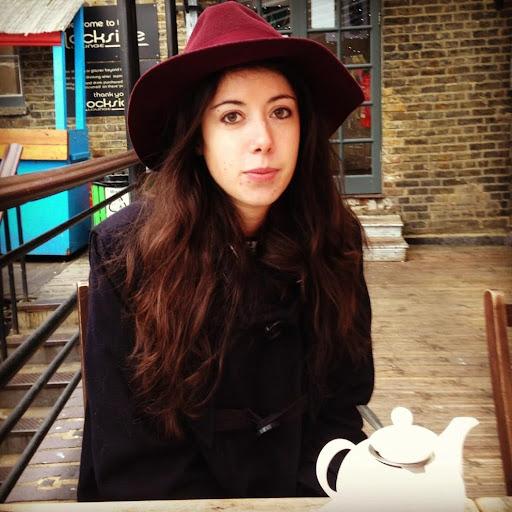 Francesca Hawkins Photo 7