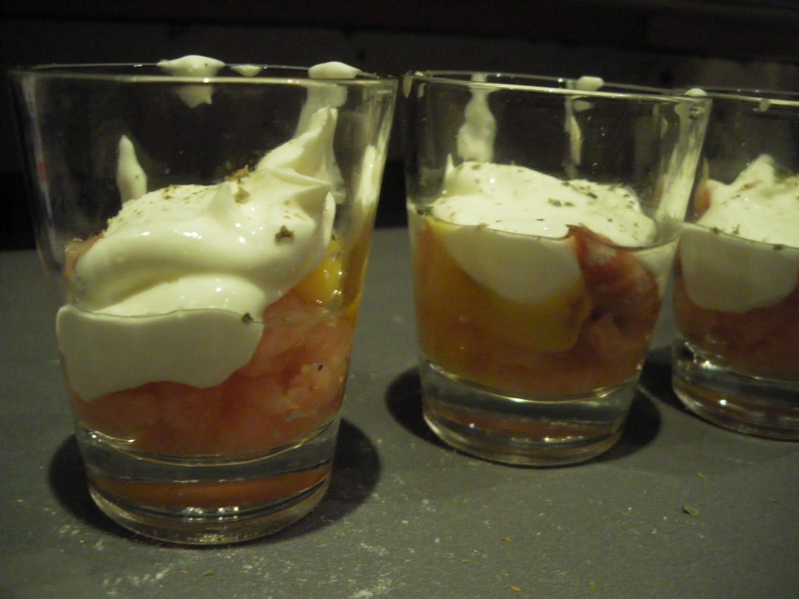 Une perruche en cuisine oeufs de cailles cocotte au saumon for Cuisson au bain marie au four